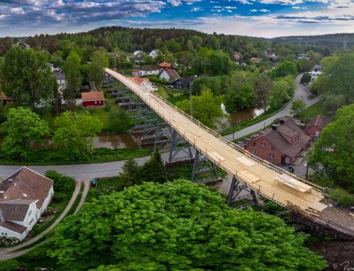 Hølen og ny gangvei over broen